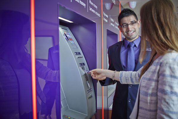 Advisor at cashpoint